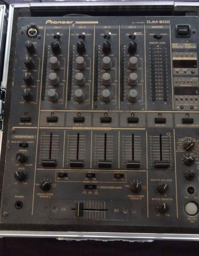 05. Pioneer DJM-600