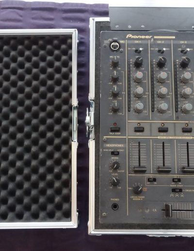 06. Pioneer DJM-600