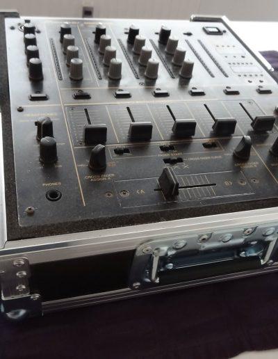 07. Pioneer DJM-600